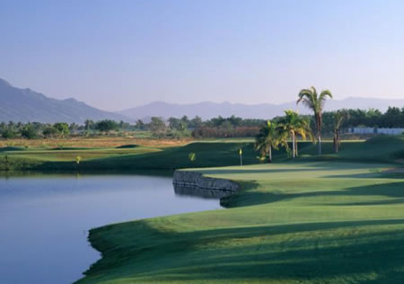 Golf in Mexico with Mexigolf